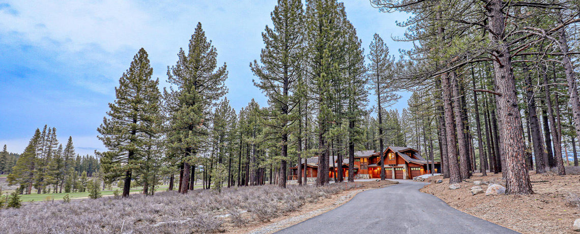 11478 Henness Rd Truckee CA-large-021-054-exterior-front