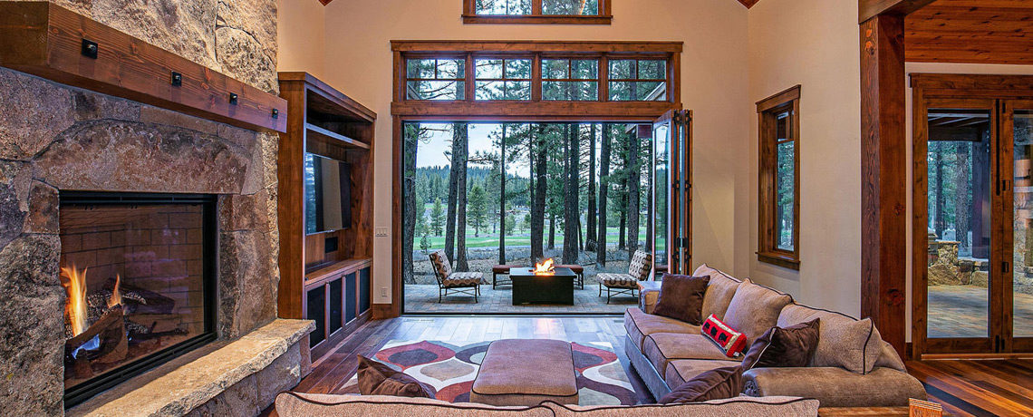 11478 Henness Rd Truckee CA-living room